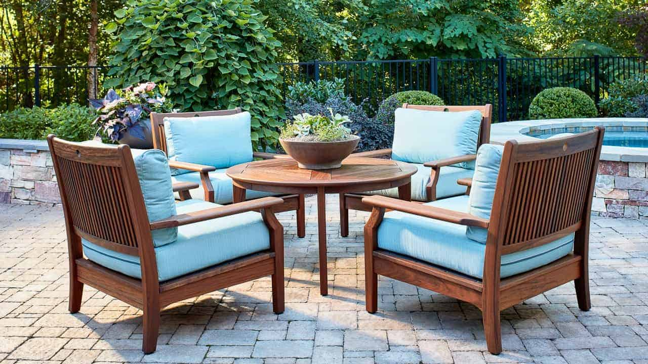 Opal Chat Table and Lounge Group